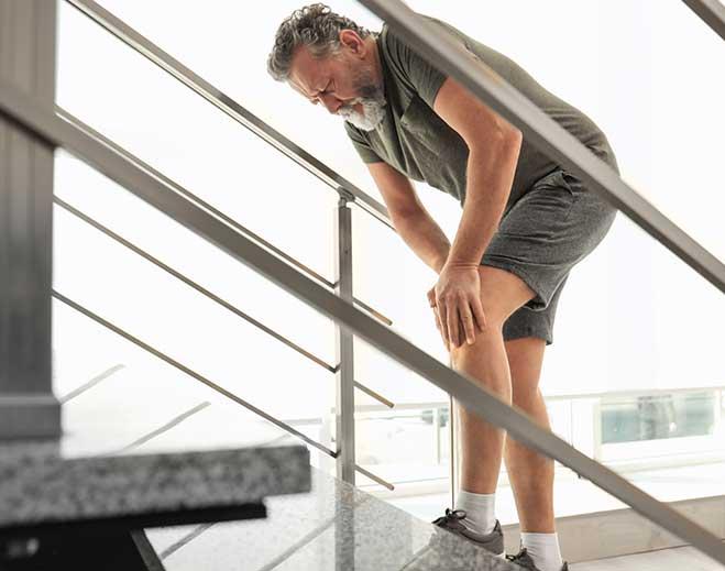 senior-knee-pain-659x519-featured-image